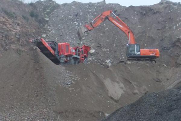 Thomas Gruppe Asphalt Stein Aufbereitung von minealischem Bauschutt