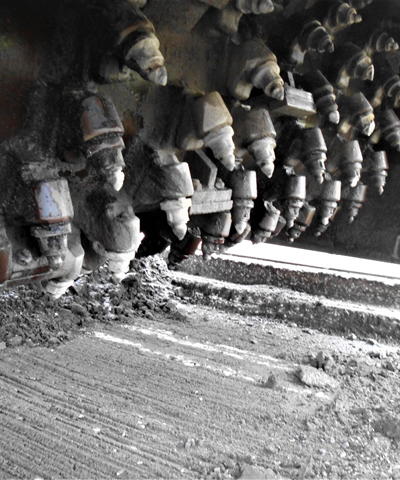 Recyclingbaustoffe | Asphaltfräsgut und Asphaltaufbruch | thomas asphalt-stein